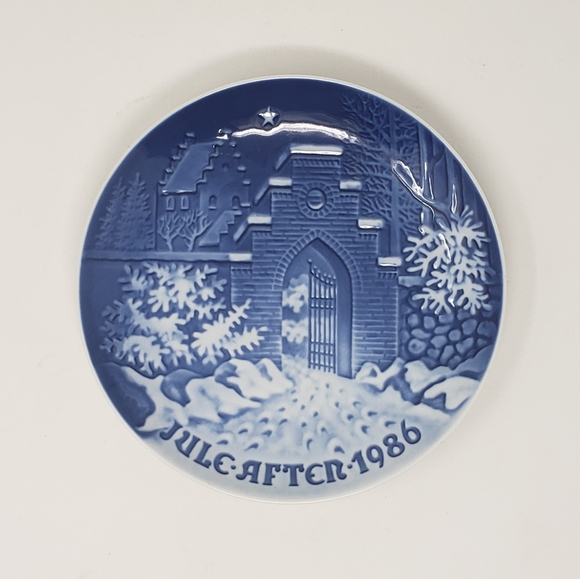 Bing and Grondahl 1986 Silent Night Plate